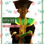gambar toga wisuda anak SDIT di Manado
